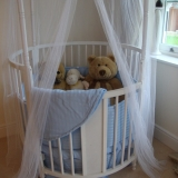 Round Wooden Cots with Mattress and Bedding x 160