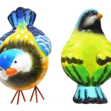 Handpainted Ceramic Rocking Bluetit Ornaments (40 Mixed Units)